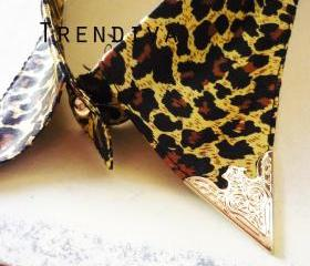 Leopard Tiger Cool Fashion Fake Collar